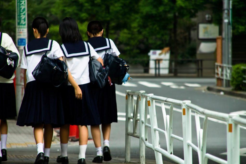中学生ニキビ